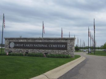 Entrance to Great Lakes National Cemetery