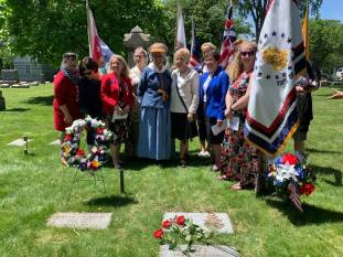 1812 and DAR Ladies at Robinson's grave after the dedication.